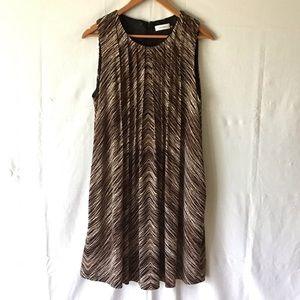 Pleated A-line sleeveless dress, lined, POCKETS!